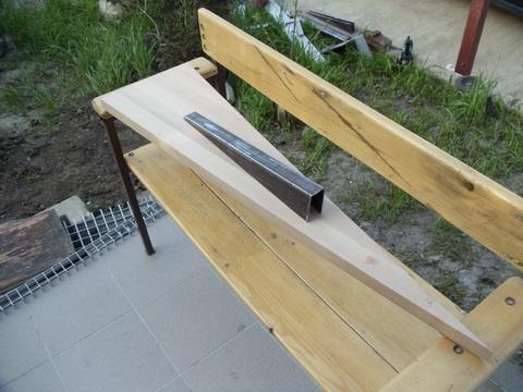 Металличекие конструкции. Винтовая лестница на второй этаж