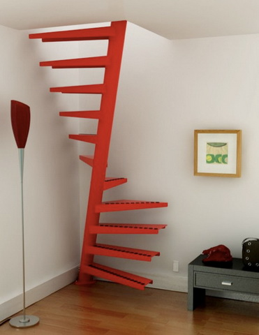 Монтаж лестницы на второй этаж