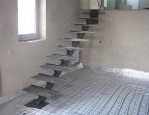 Лестница с одной тетивой